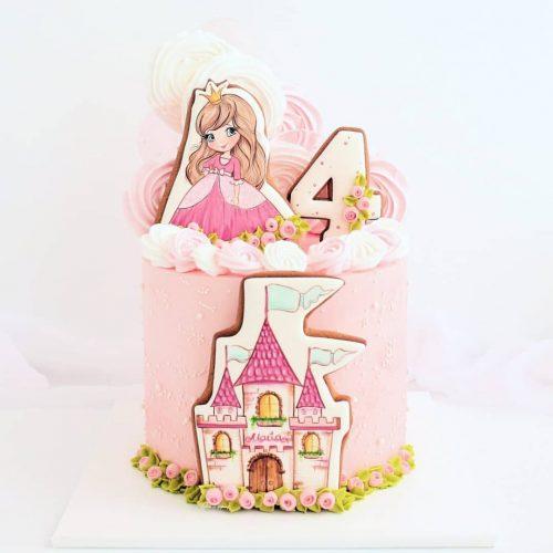 Торт с принцессой Варварой на 4 года для девочки