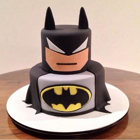 Двух ярусный торт Бэтмен