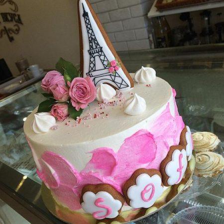 Торт в французском стиле