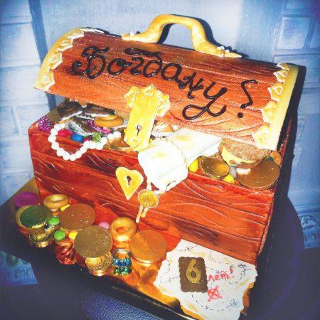 Торт сундук пиратские сокровища