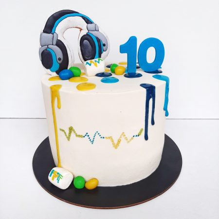 Торт с наушниками фото