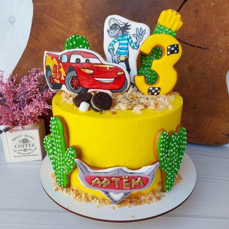 Торт тачки для мальчика с имбирным пряником