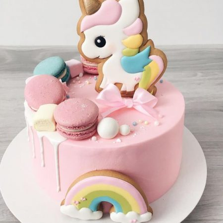 Торт на заказ в Киеве на годик World of Sweets
