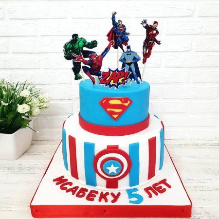 Двух ярусный торт с супер героями marvel на 5 лет