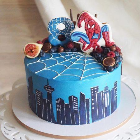 Торт человек паук с пряником