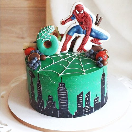 Торт с паутиной и человеком пауком на шесть 6 летлет
