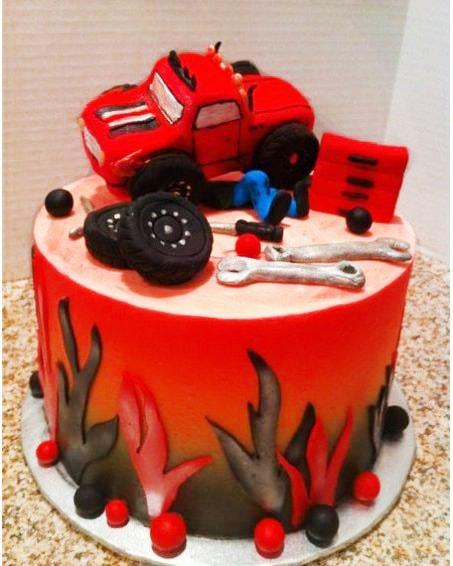 Красный торт автослесарю