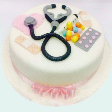 Торт для врача без мастики