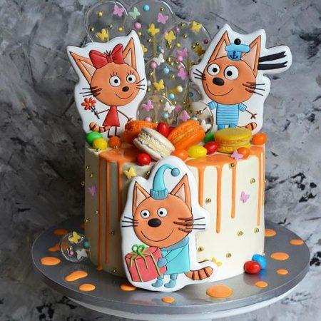 Торт три кота с имбирными пряниками