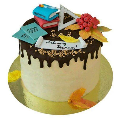 Торт на день учителя с тетрадями, линейкой, карандашом, книгами