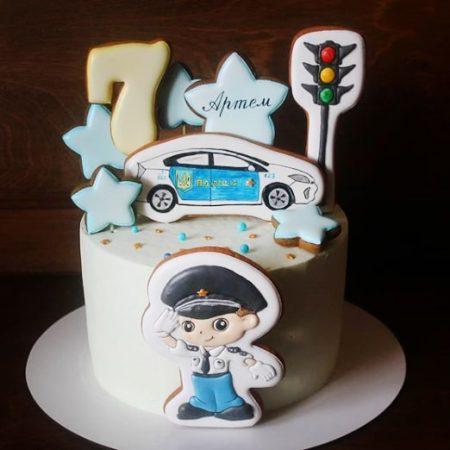Торт полицейскому с пряниками
