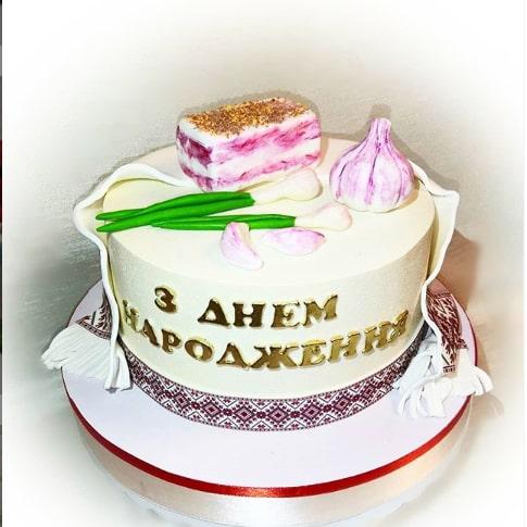 Торт в украинском стиле на день рождения