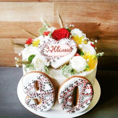 Торт в украинском стиле на юбилей