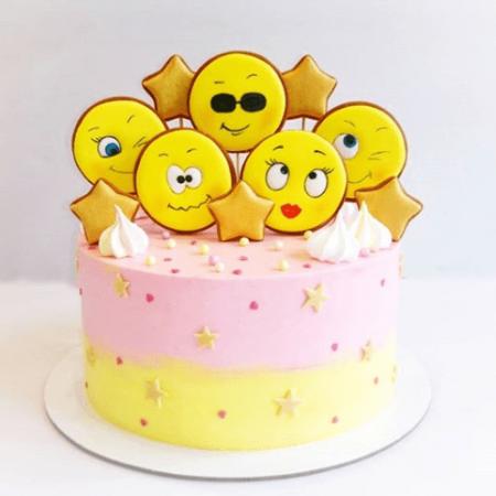 Торт смайлик для девочек
