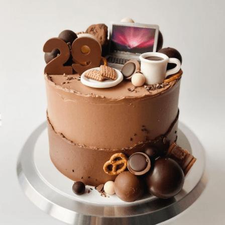 Торт с компьютером из крема