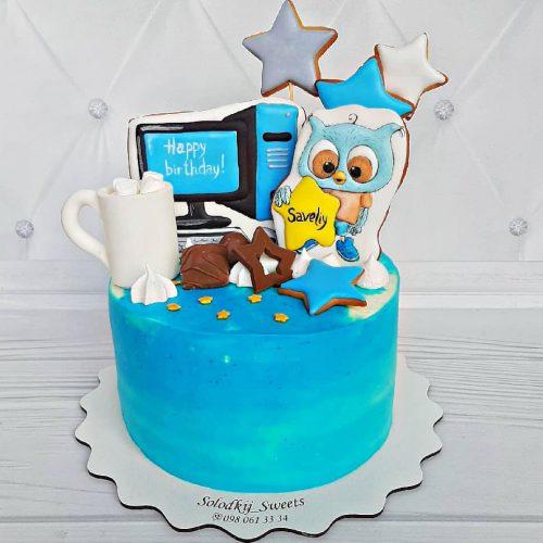 Торт с компьютером на день рождения