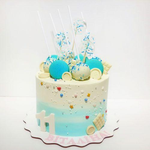 Торт с кейк попсами