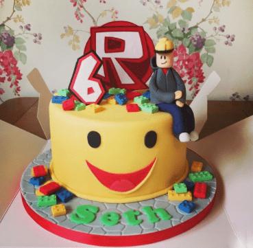 Торт роблокс из крема