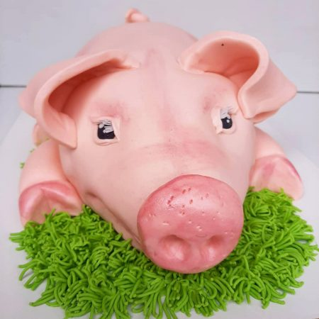 Торт в виде свиньи