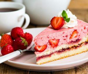 Отрезанный кусочек торта